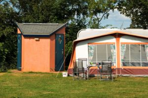 Kuilasrt Camping-met-privé-unit