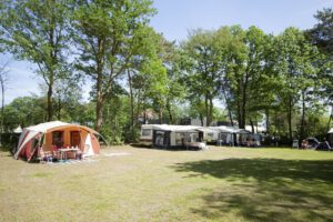 Camping Vakantiepark BreeBronne met prive sanitair